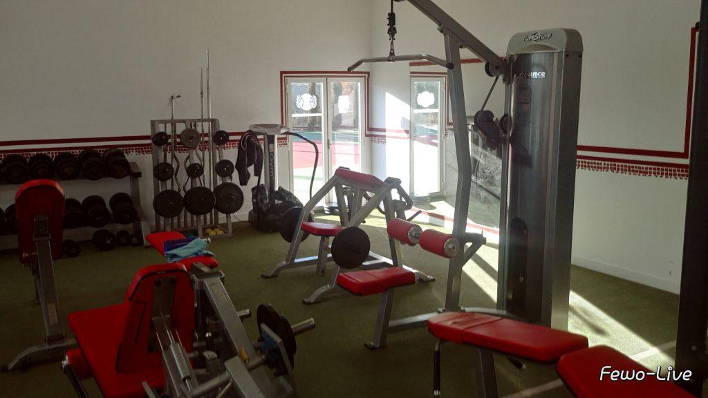 Go Tennis Camping mit Fitnesscenter